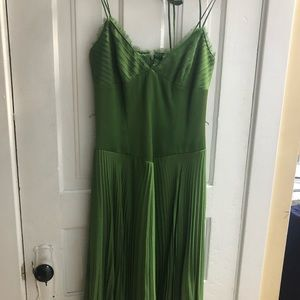 Laundry by Shelli Segal green silk dress, size 4